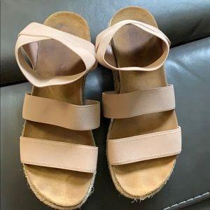 Steve Madden Shoes - Steve Madden Platform Sandals